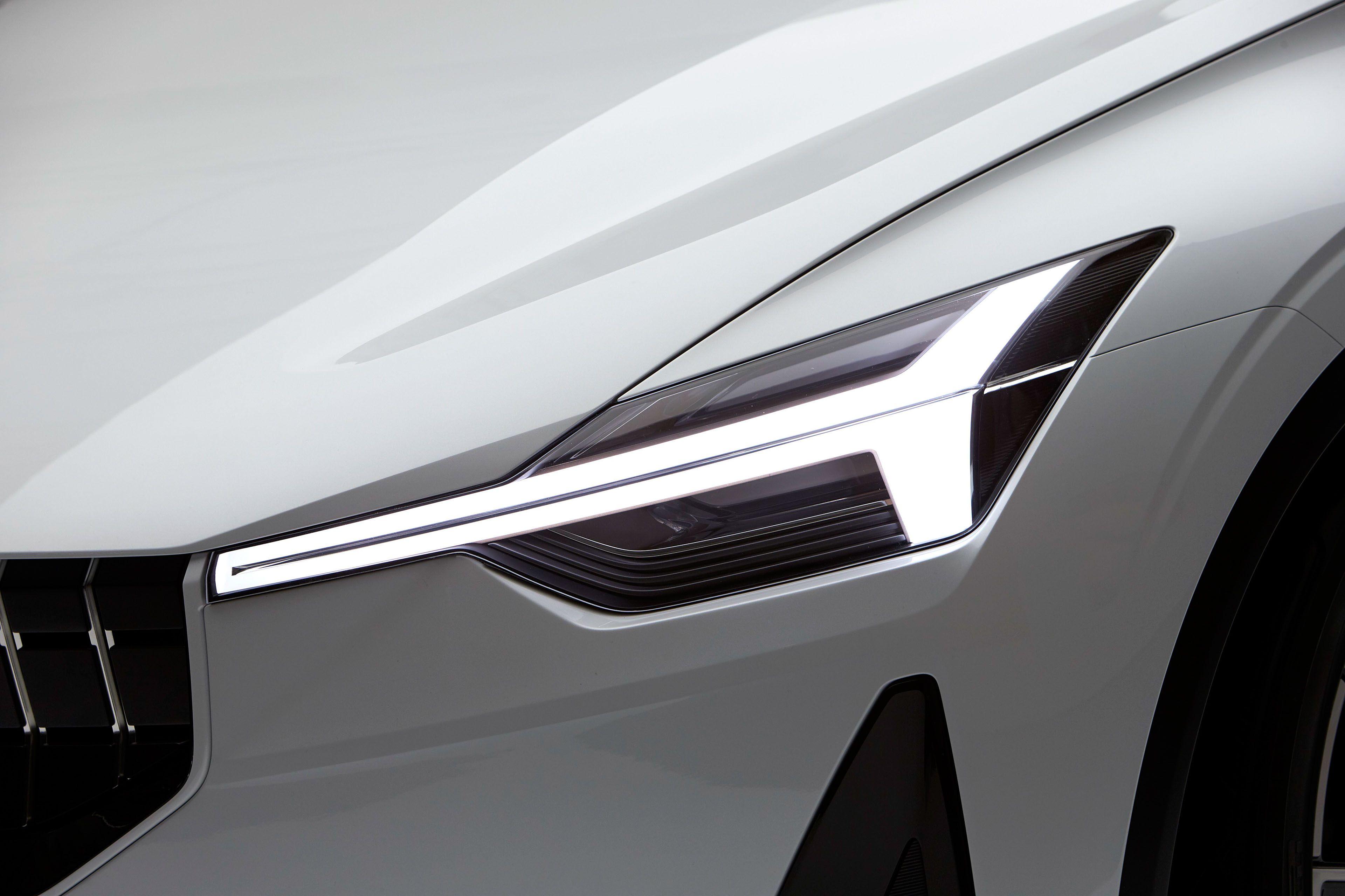 Lexus lf gh concept 2011 exterior detail 49 of 49 1600x1200 - Volvo Concept 40 2 Event Pictures On Behance