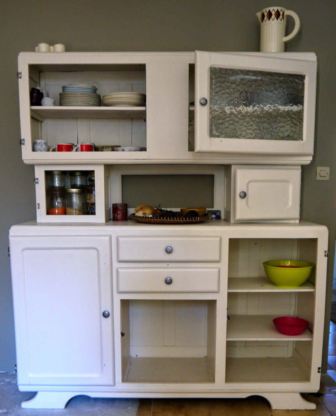jaune moutarde buffet de cuisine ann es 50 meubles. Black Bedroom Furniture Sets. Home Design Ideas
