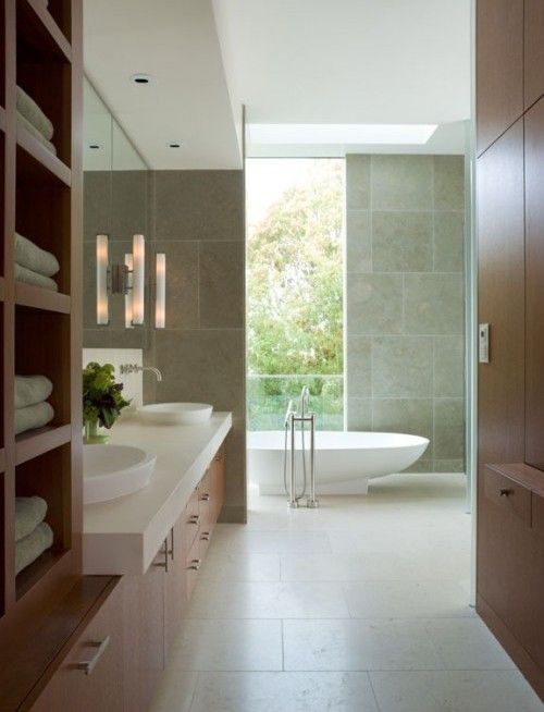 This weeks photo has been chosen by our talented interior designer, it is a modern yet simple Bathroom.