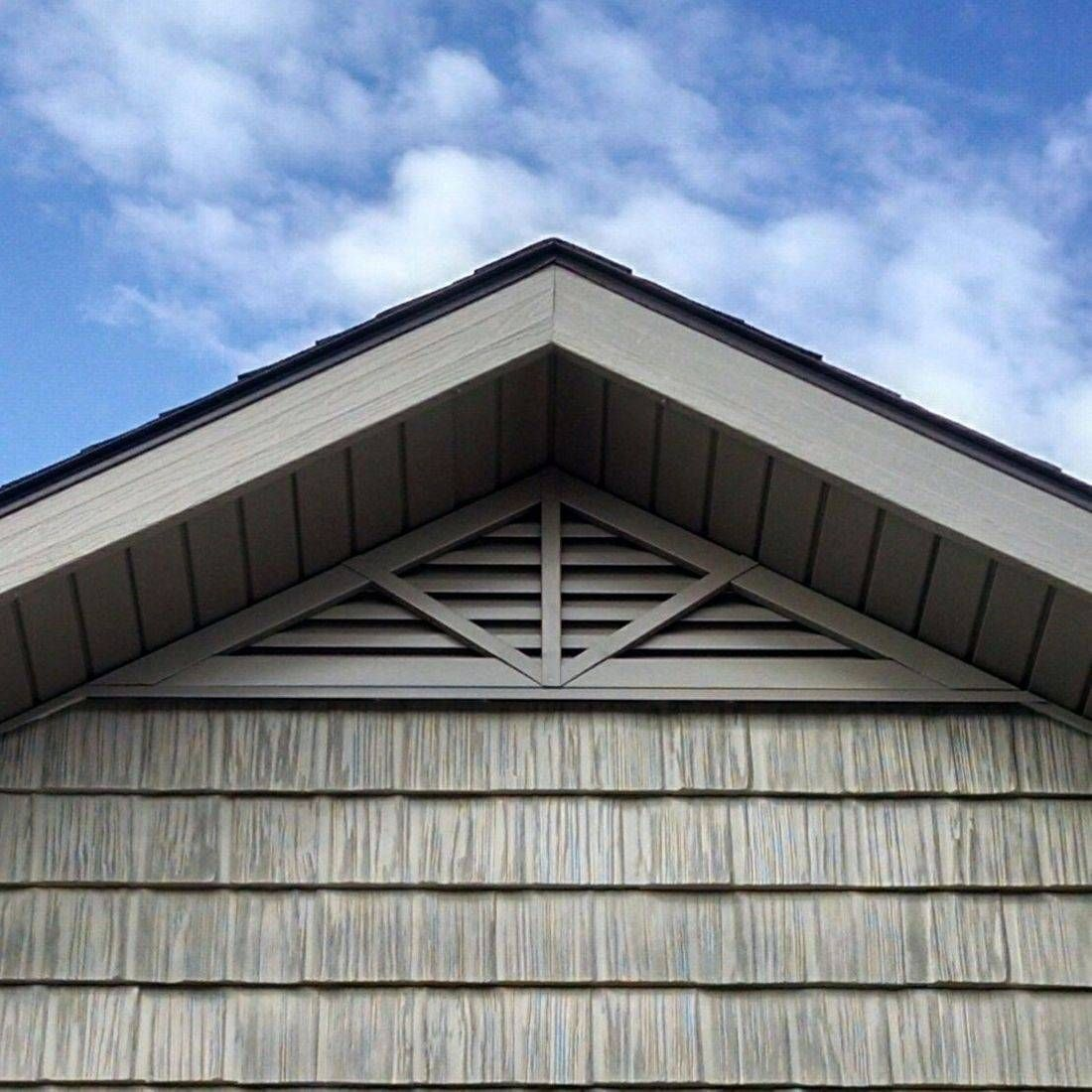 Triangle Gable Vent With Deco 3 Spoke In 2020 Gable Vents Attic Vents Cedar Roof
