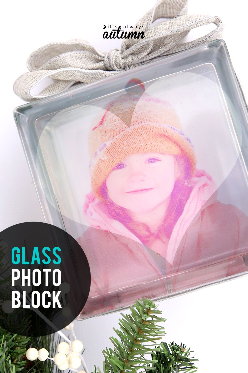 Learn how to make a beautiful glass photo block in 10 minutes! Click through for easy instructions. #itsalwaysautumn #photoblock #glassphotoblock #photocrafts
