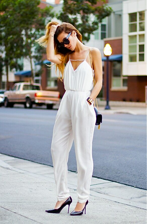 I had a gorgeous lilac jumpsuit just like this for an Uncle's wedding. Old skool cutie