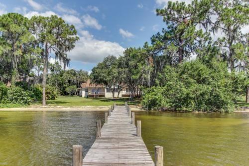 Lazy Days Lake June Hideaway Vacation Rentals Made Easy Lake Placid Lake House Rentals Fl Vacations