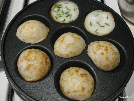 Welcome to Tevy's Kitchen: Khmer Num Krok (Cambodian rice cake)