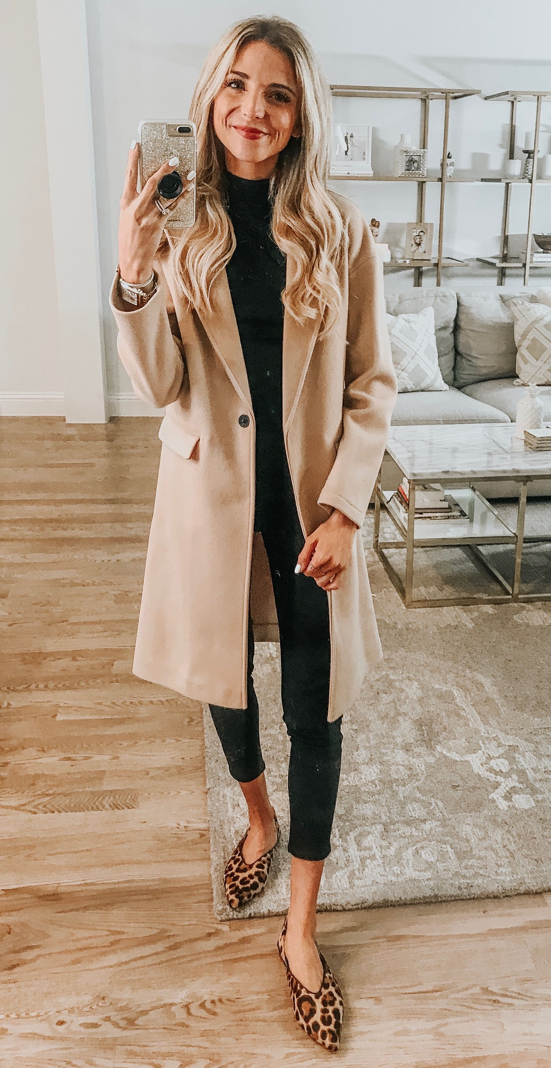 Trench coat in fall and winter Minimalistic Outfit
