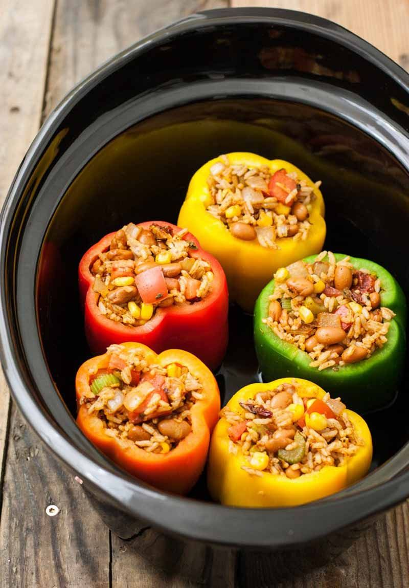 Vegetarian Slow Cooker Southwestern Stuffed Peppers Plus Vegan Option Recipe With Images Stuffed Peppers Slow Cooker Vegetarian Recipes