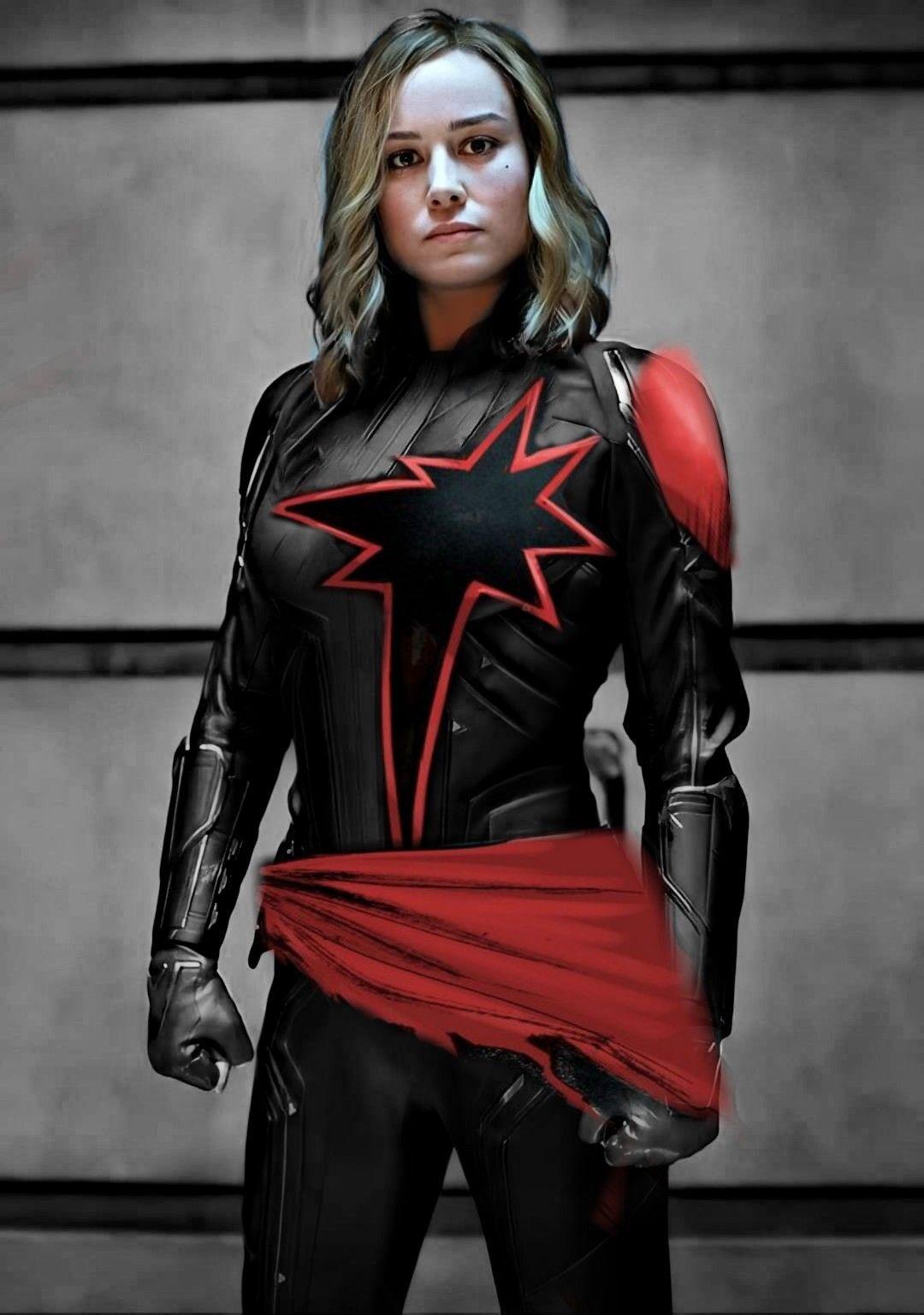 Dark Capitana Marvel Captain Marvel Carol Danvers Marvel Superheroes Girl Superhero