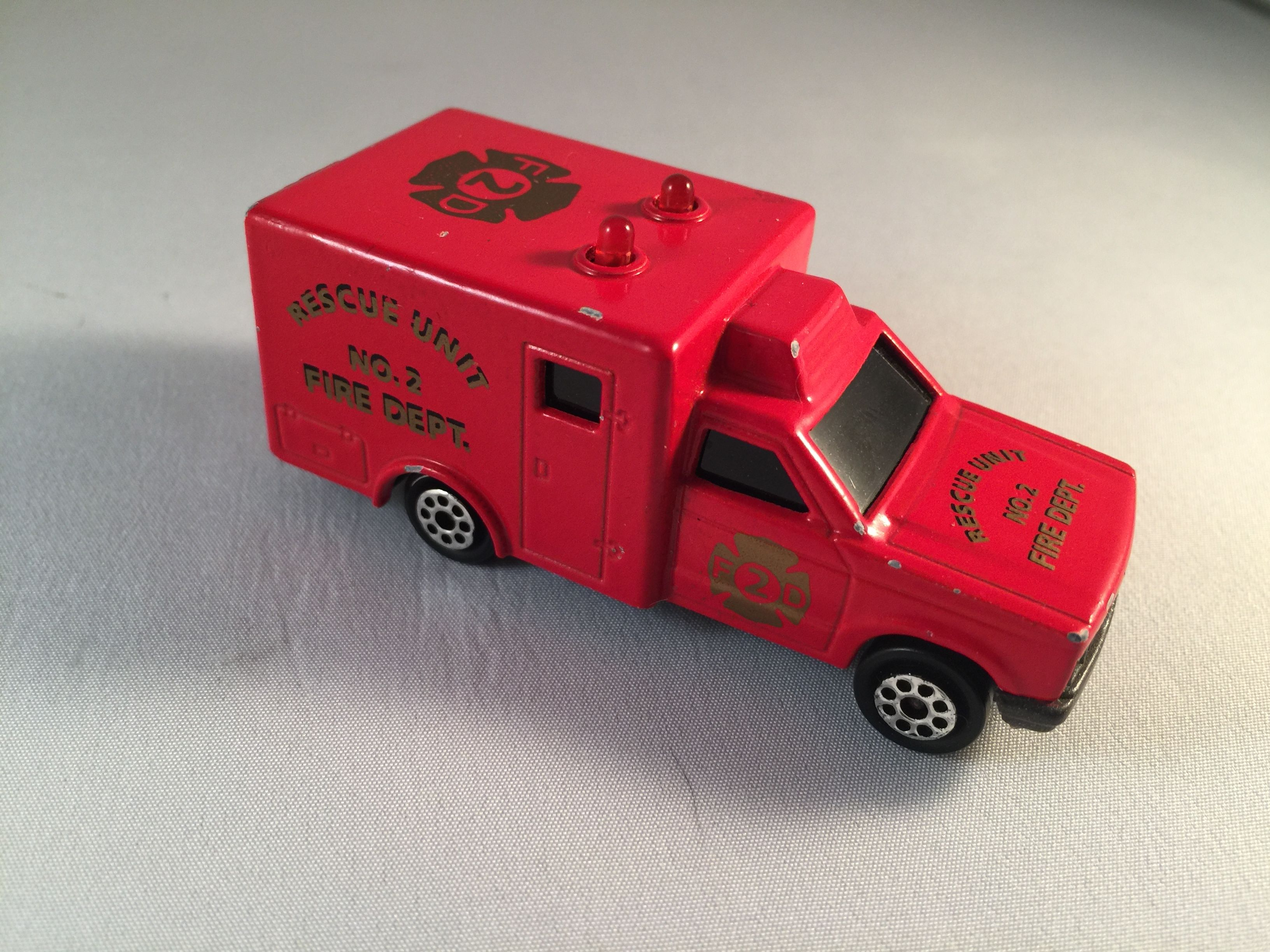 "Majorette 1:64 Scale ""Sonic Flasher"" Type 2 Ambulance"