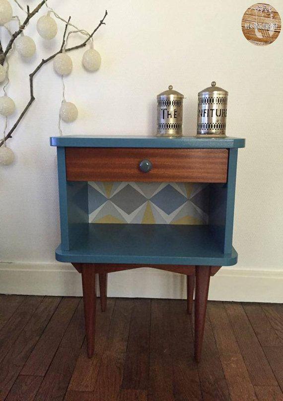Bedside Table | Peinture Bleu, Acajou Et Tables De Chevet