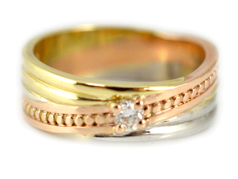 Rose, white and yellow gold set with diamond. 9ct
