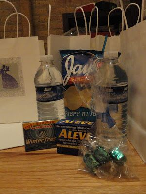 Chicago Themed Hotel Welcome Bags for the Wedding | Wedding ...