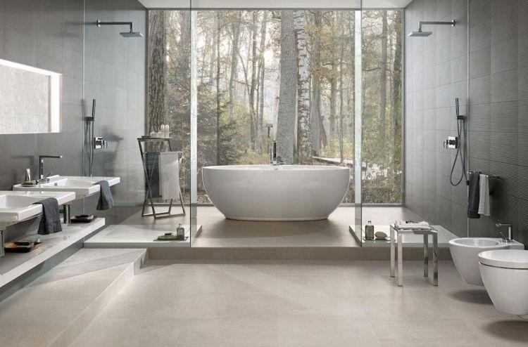 badfliesen-ideen-grau-weiss-badewanne-freistehend-modern - badezimmer modern grau