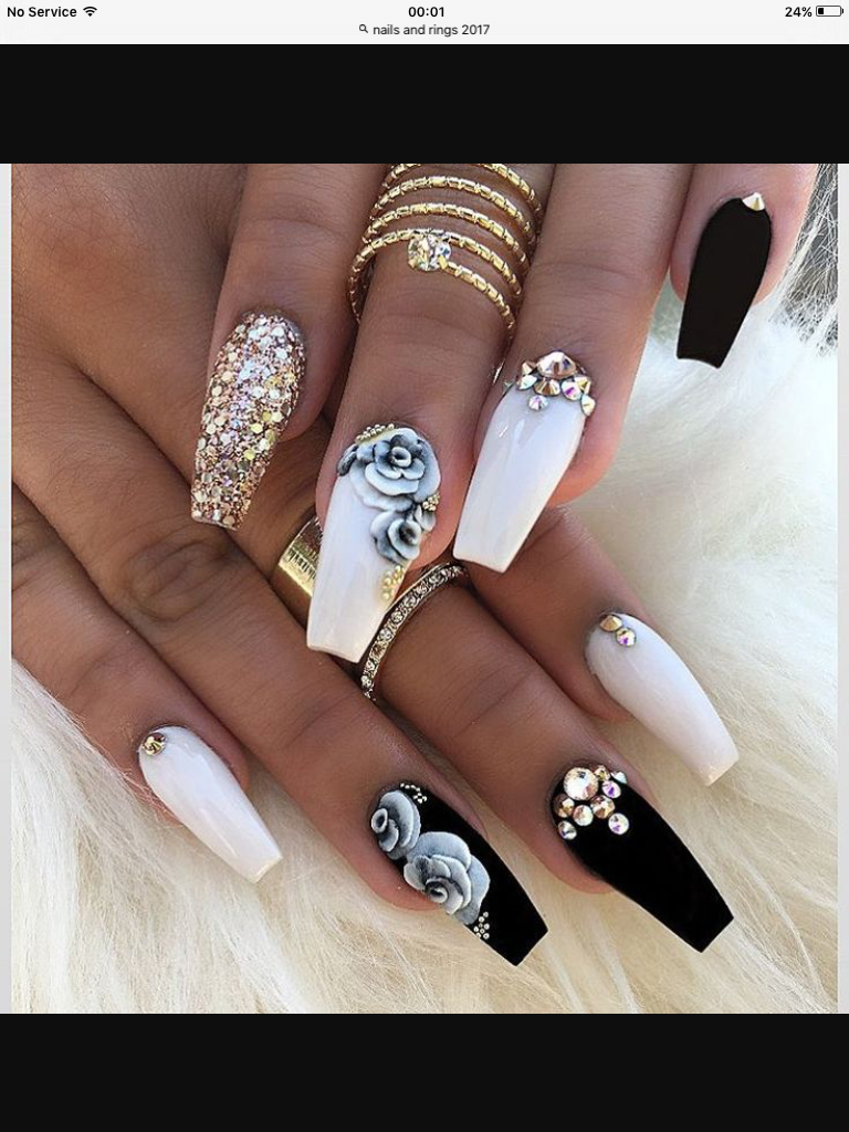 Pinterest Msbrookieee Cute Acrylic Nails White Nails With Gold Gold Nails