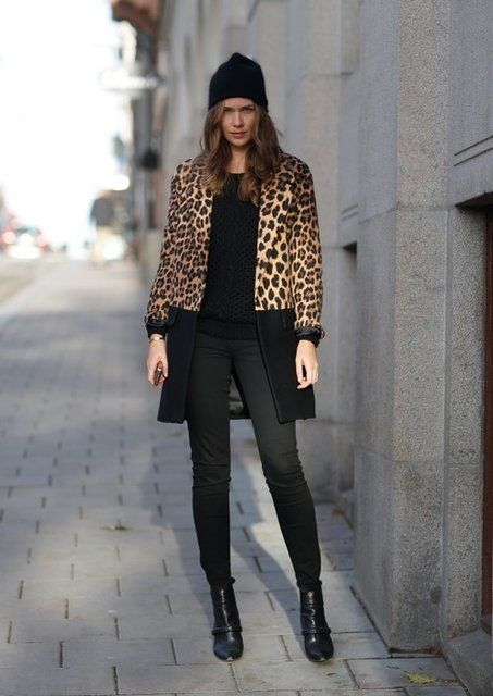 a98dda505b 50 Winter Outfits with Leopard - Sortashion. Manteau. Manteau Animal Print  Fashion