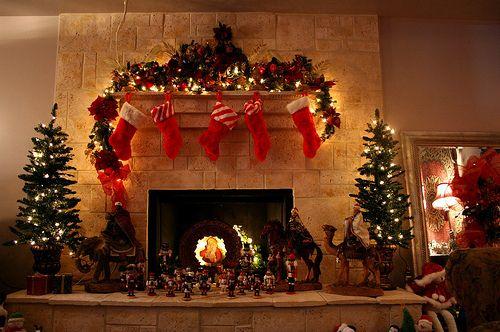 Christmas lights, Christmas tree Christmas Pinterest Lighted