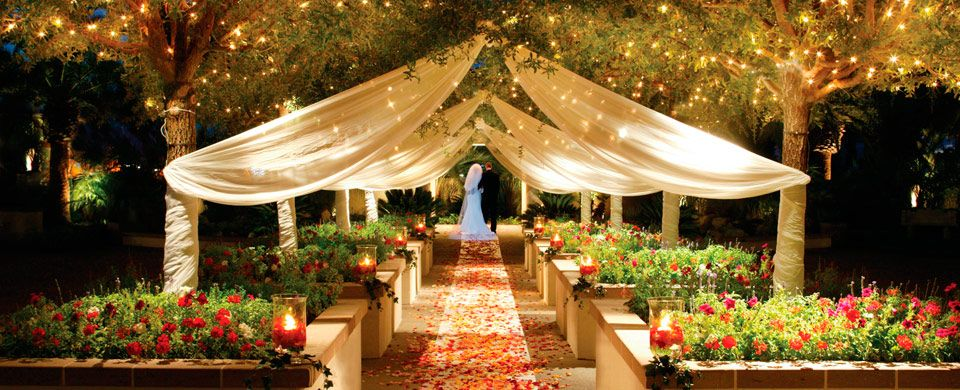 Outdoor Wedding Ceremony At Dusk Home Weddings Events Gallery Videos Packages Fantasy About