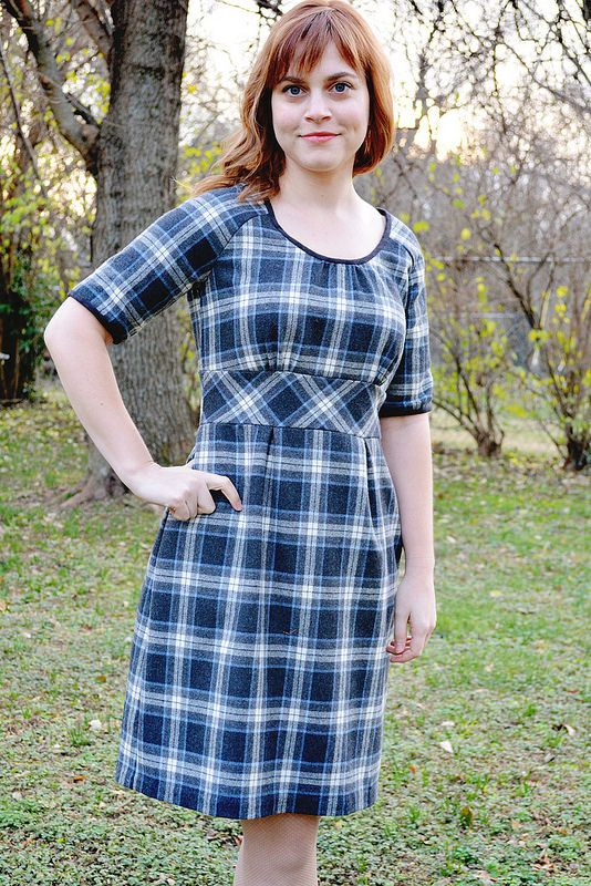 Colette Patterns Dahlia Dress - Version 1. Der Rock hat Falten ...