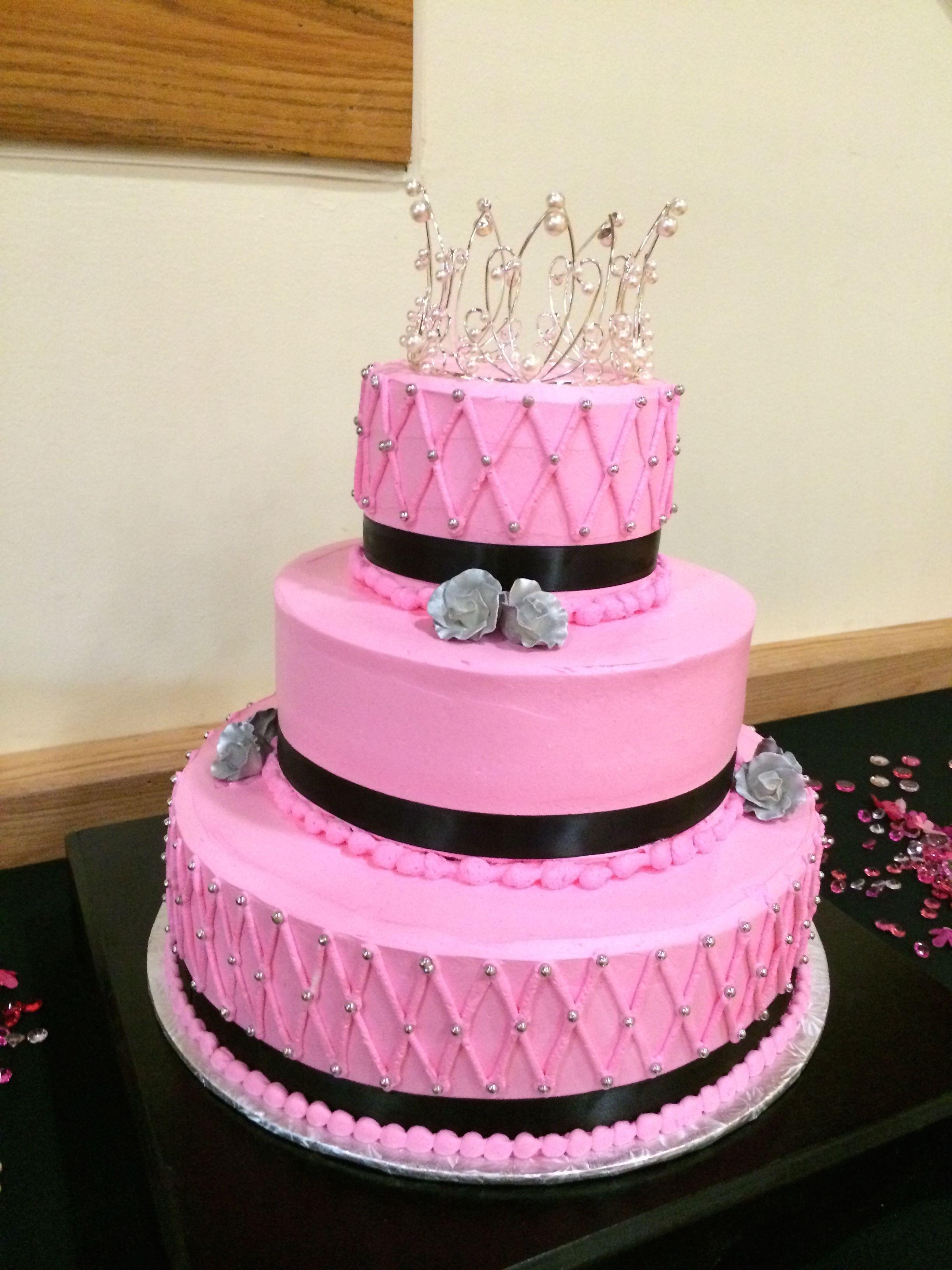 Cake with Tiara Topper.