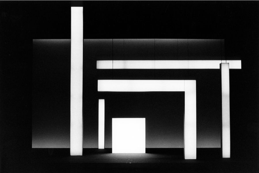 Robert Wilson | Lohengrin, Zurich, 1991 light and performance