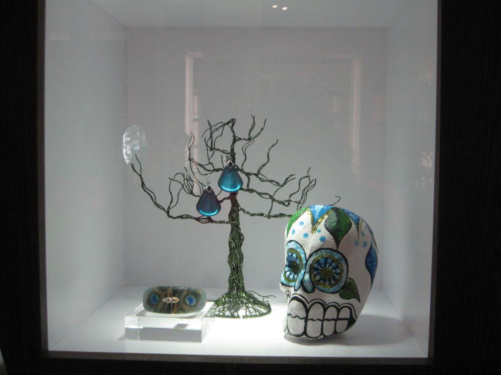 Dia de los muertos window - HMNS Museum Store