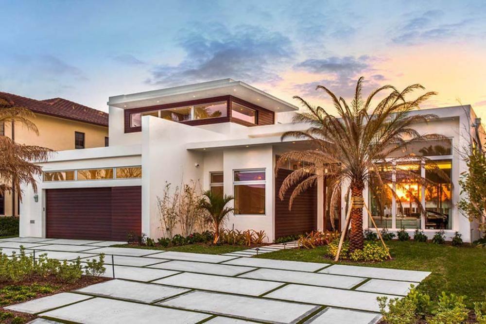 Belle maison exotique de vacances avec jolie vue Architecture