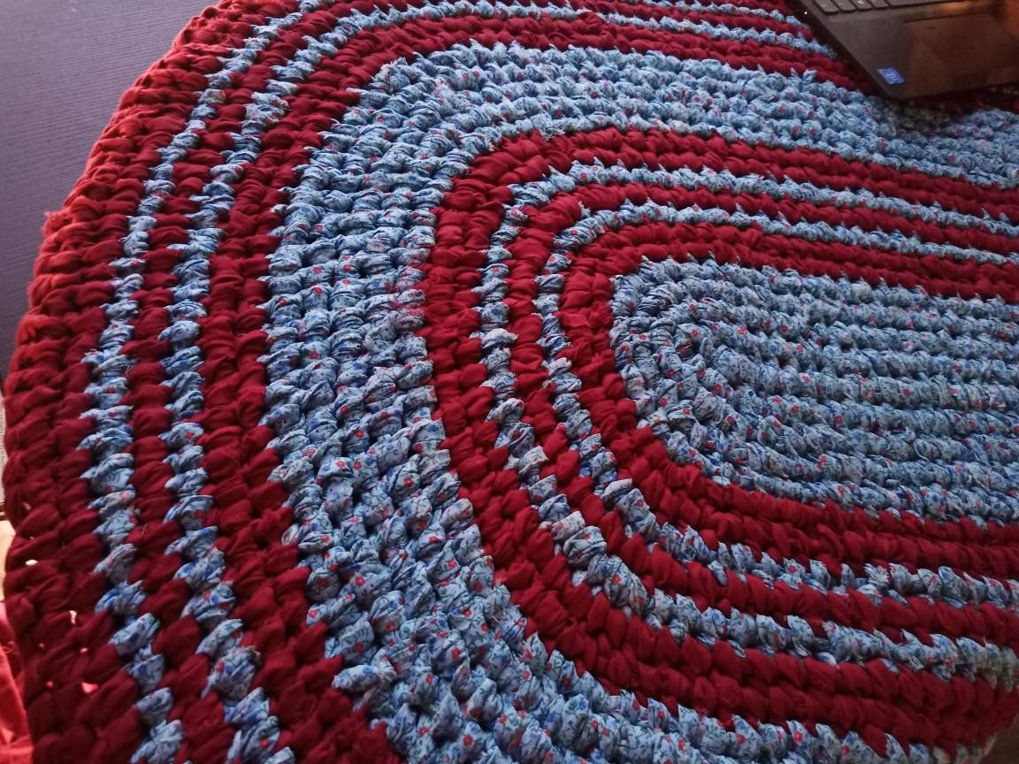Baby Blue Red Rag Rug Large Oval Machine Wash Dry Father S Day Patriotic Country Farmhouse Toothbrush Knotted Amish In 2020 Red Rag Rug Rag Rug Rugs