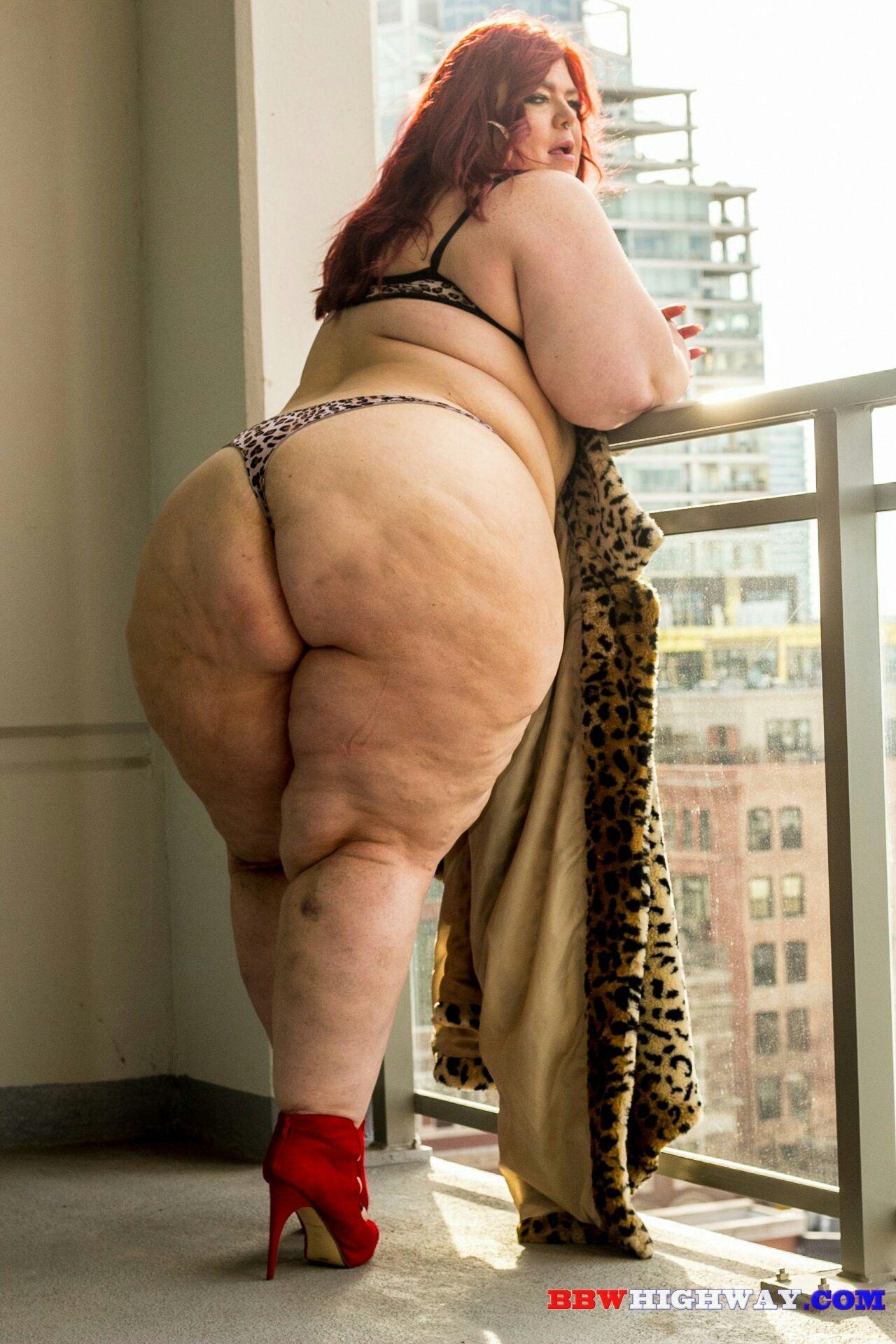 Girls World Plus Size Girls Ssbbw Big Woman Curves Lady