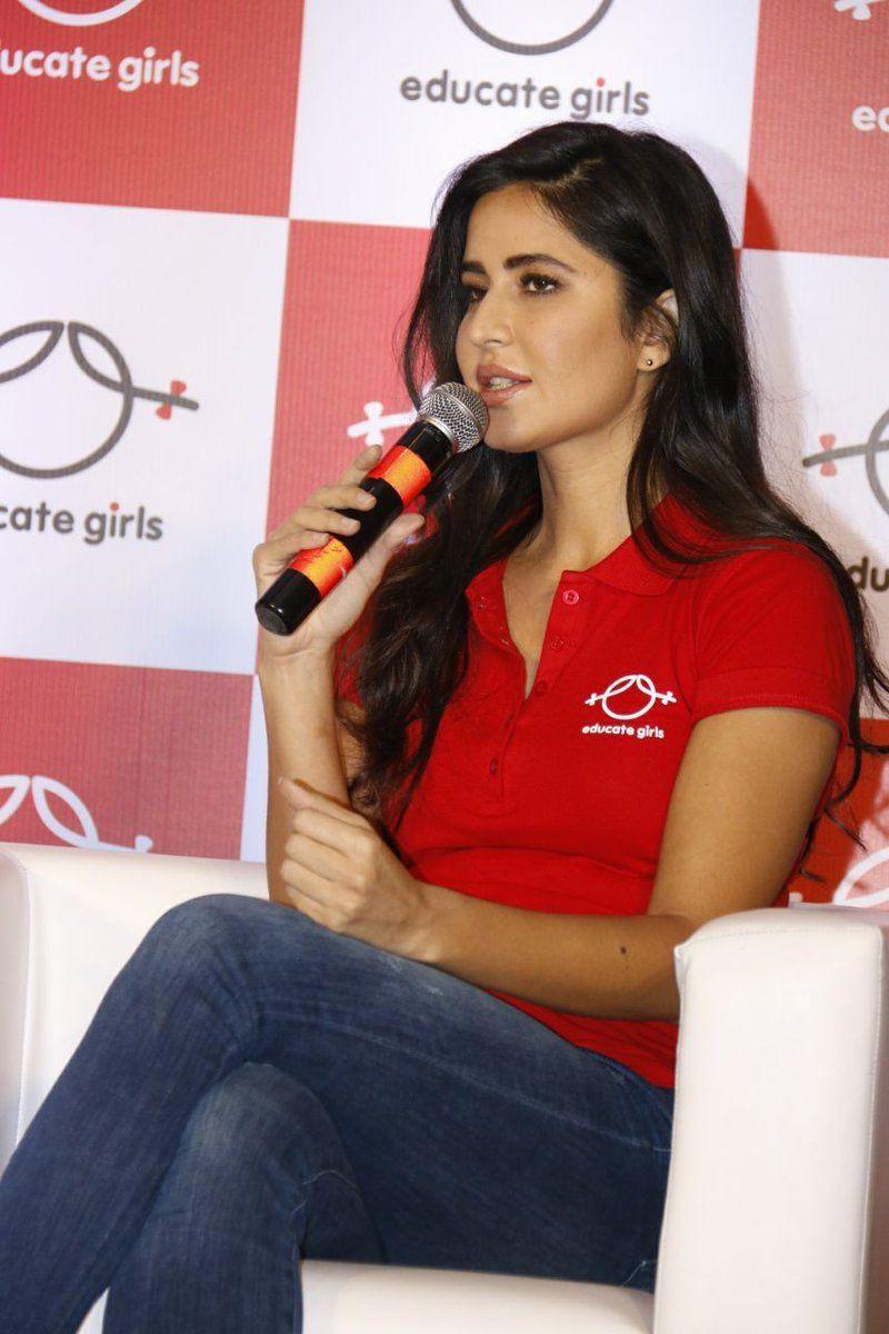 Katrina Kaif (With images) | Katrina kaif, Katrina, Girls ...
