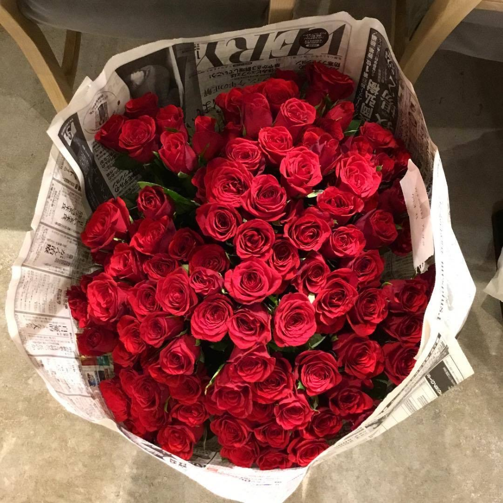 Image About Aesthetic In Flowers By ƒyeyaia On We Heart It In 2020 Valentines Flowers Flowers Bouquet Gift Order Flowers