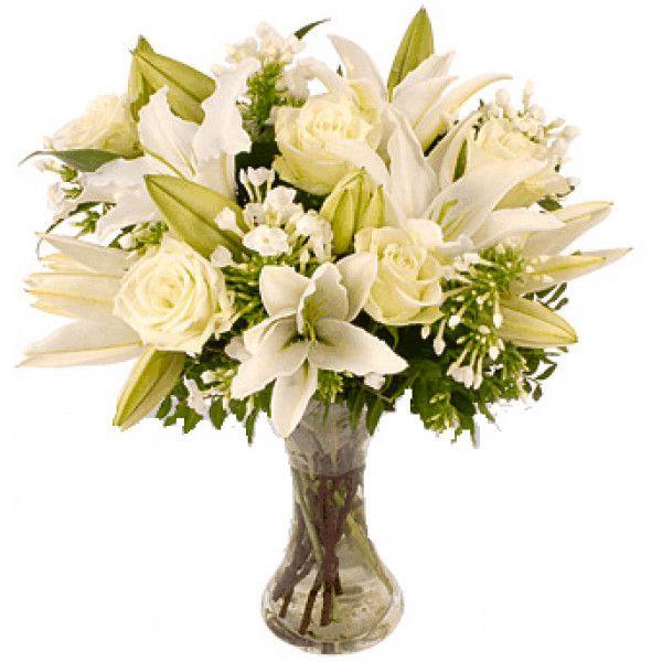 Consegna Fiori In Giornata.𝗡𝘂𝗼𝘃𝗮 𝗹𝘂𝗻𝗮 Un Delicato Bouquet Di Luce Per Riempire