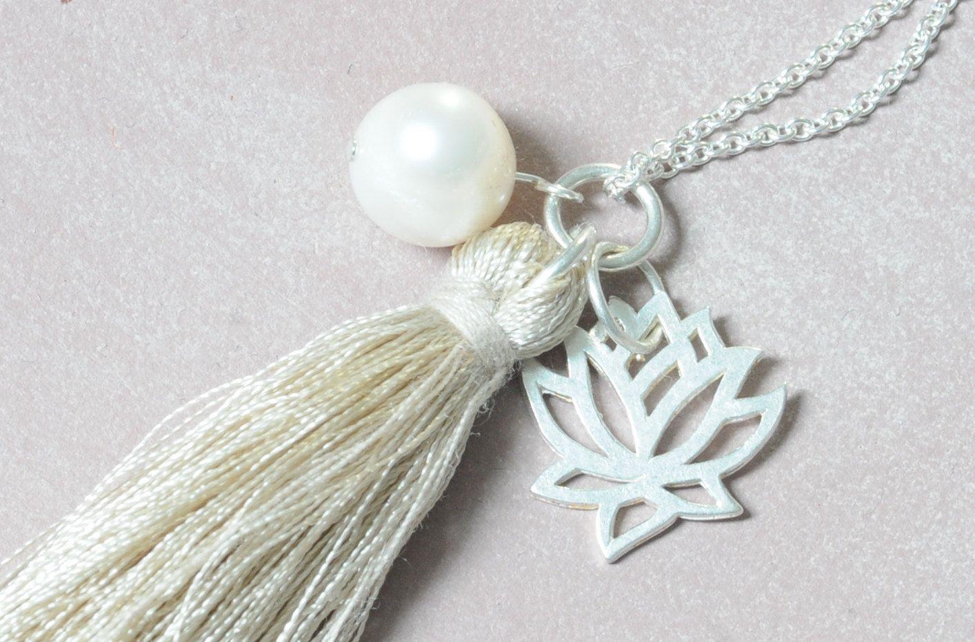 Unikat XL Halskette Quaste Perle Süsswasserperle  925 Silber Echtsilber Silberkette Lotusblüte  handarbeit Silberkette Perle von Werkstoff auf Etsy