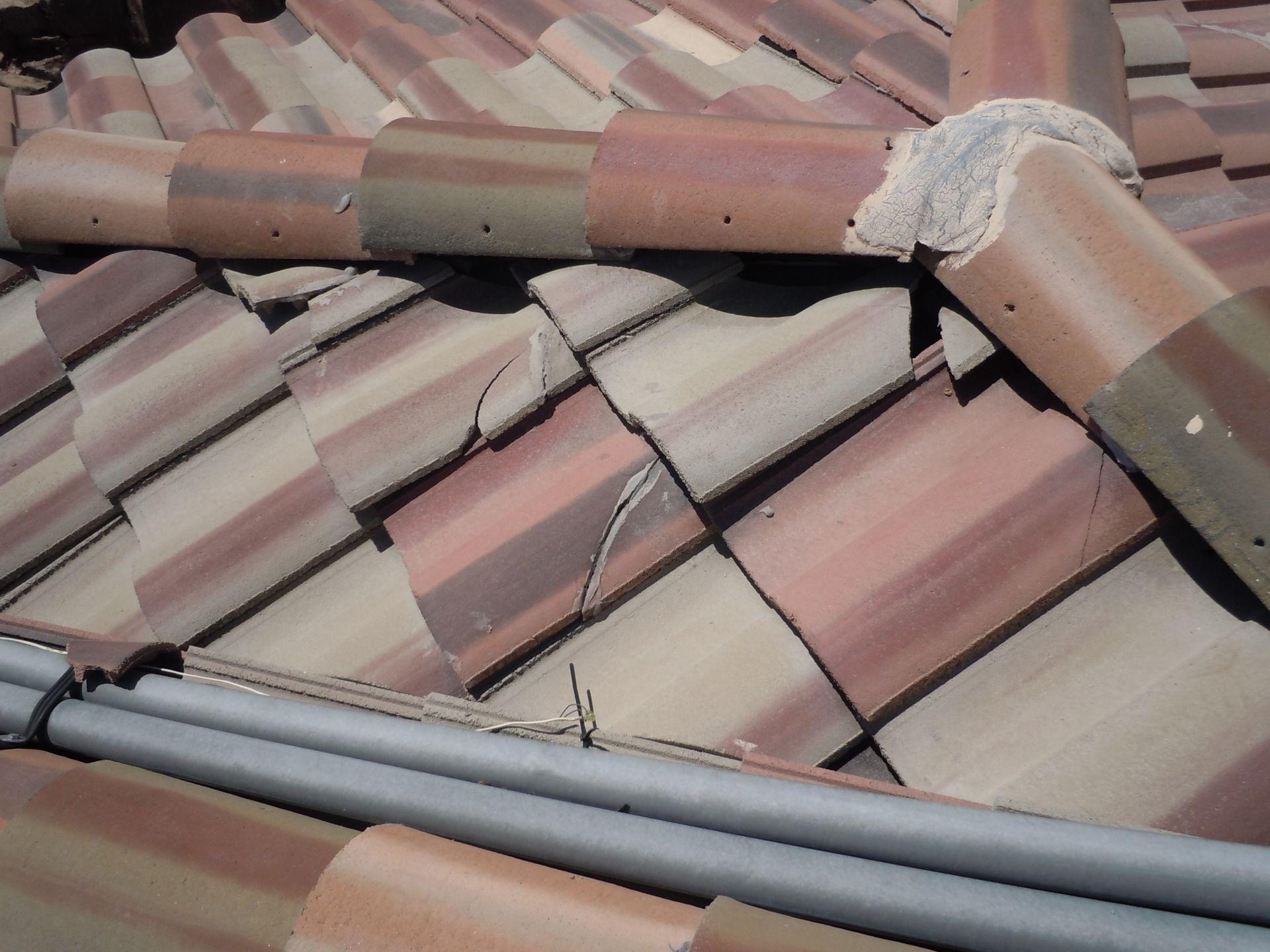 Broken Tiles Roof Restoration Roofing Roof Repair