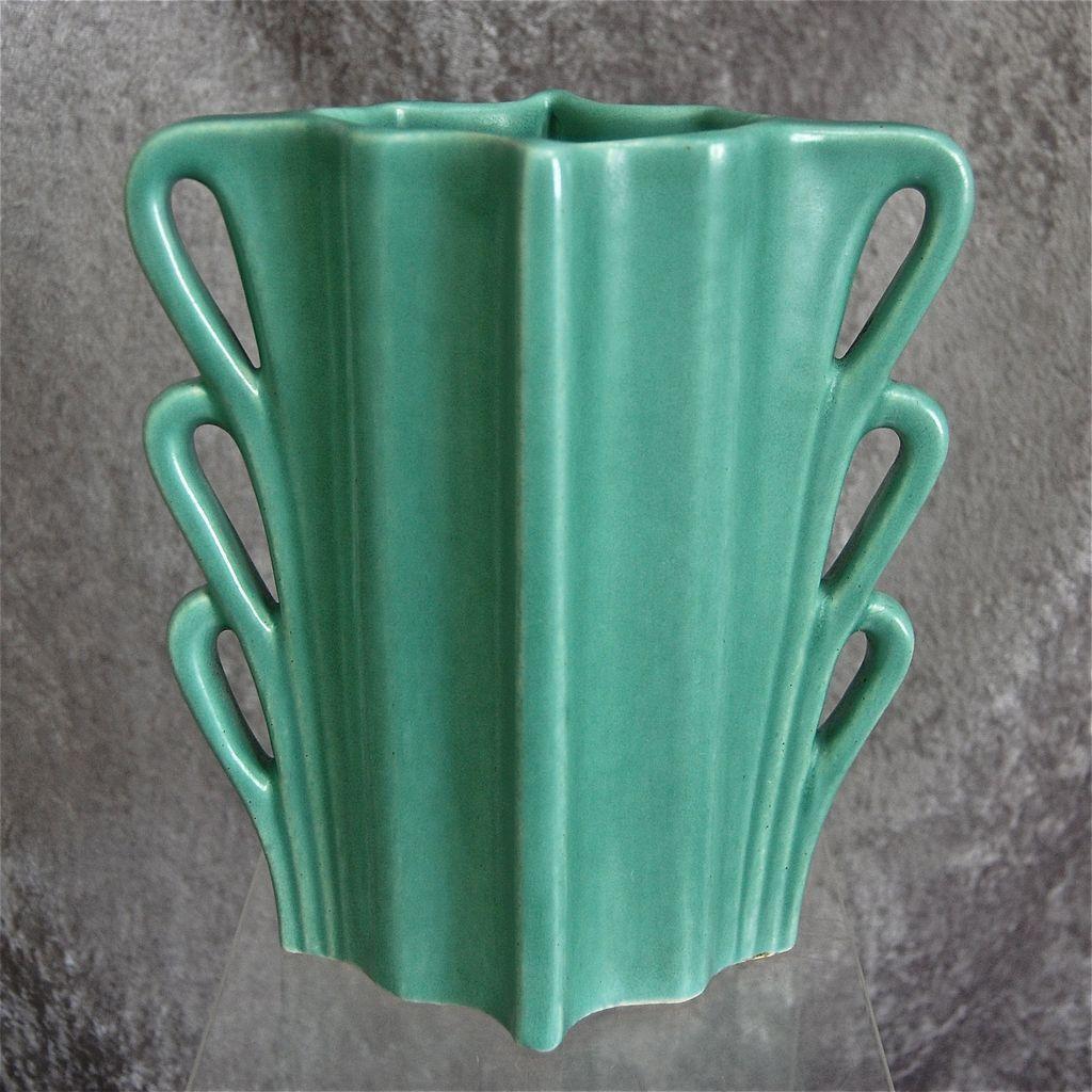 Camark pottery art deco vase wlabel circa 1935 wish worthy camark pottery art deco vase wlabel circa 1935 reviewsmspy