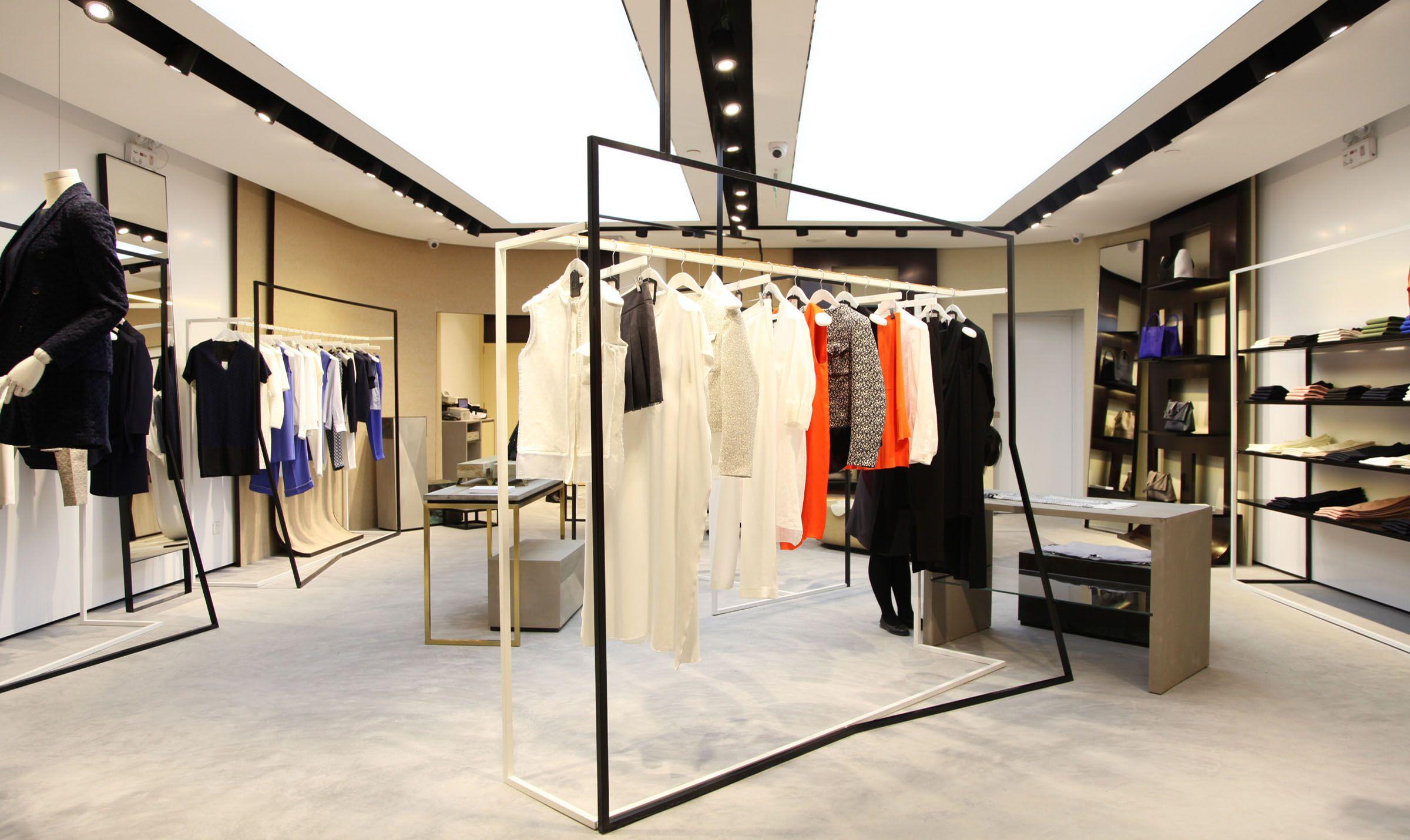 Pin By Allen Hao On Fashion Store Retail Design Store Design