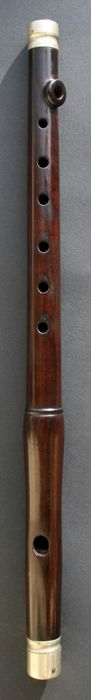 Online veilinghuis Catawiki: Originele houten HitlerJugend Wehrmacht Dwarsfluit. 1936-1945. WO2.