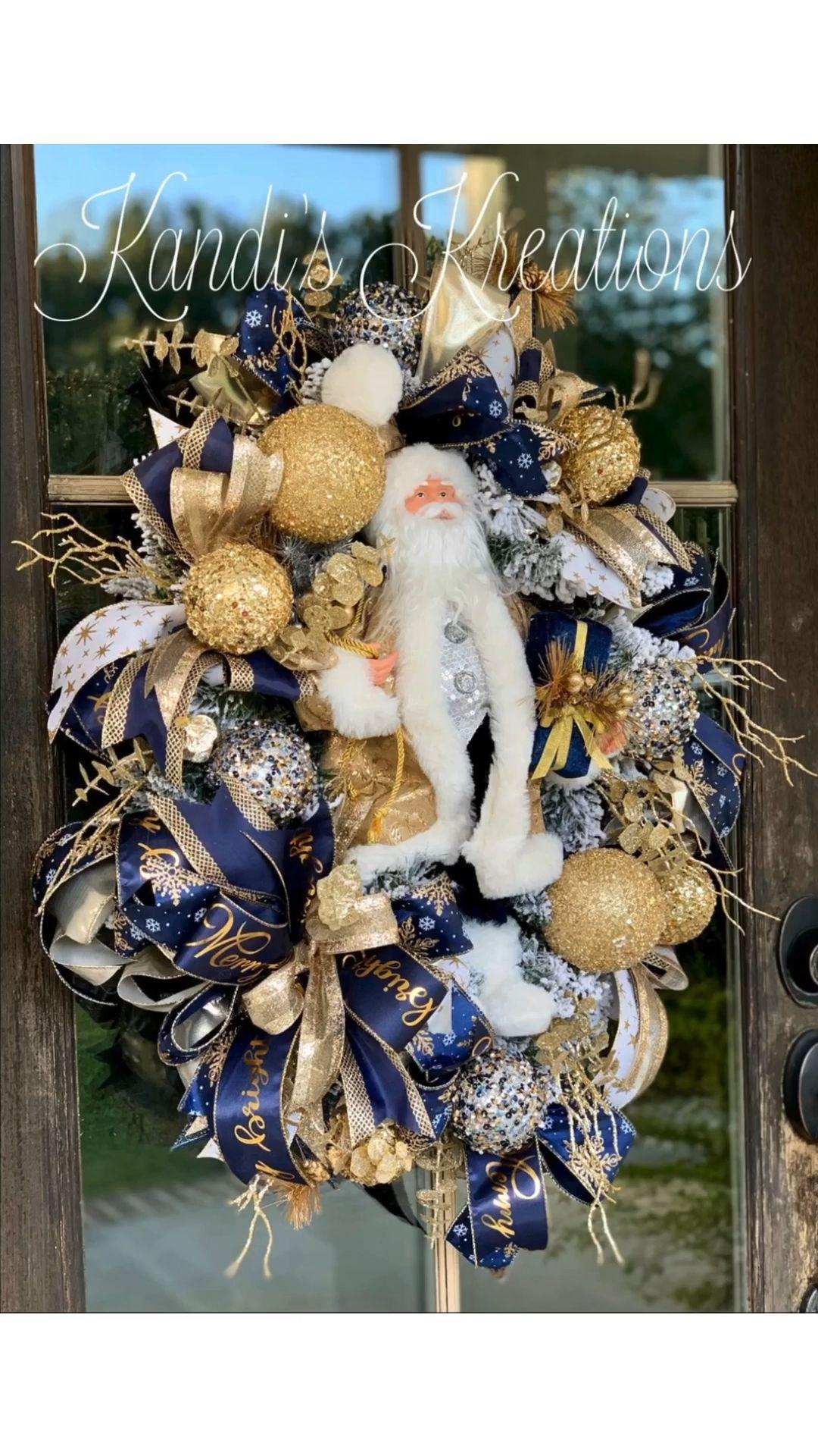 Photo of Santa glam wreath