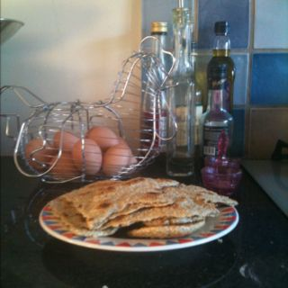 My quinoa flatbreads, nutty, yummy and do healthy!