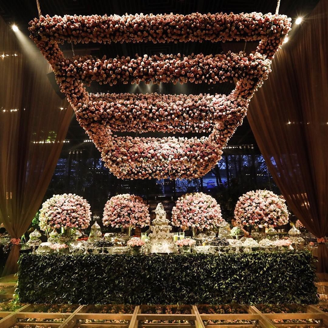 Garden wedding stage decoration  Talk about a heartstopping spectacle Weure in awe of this