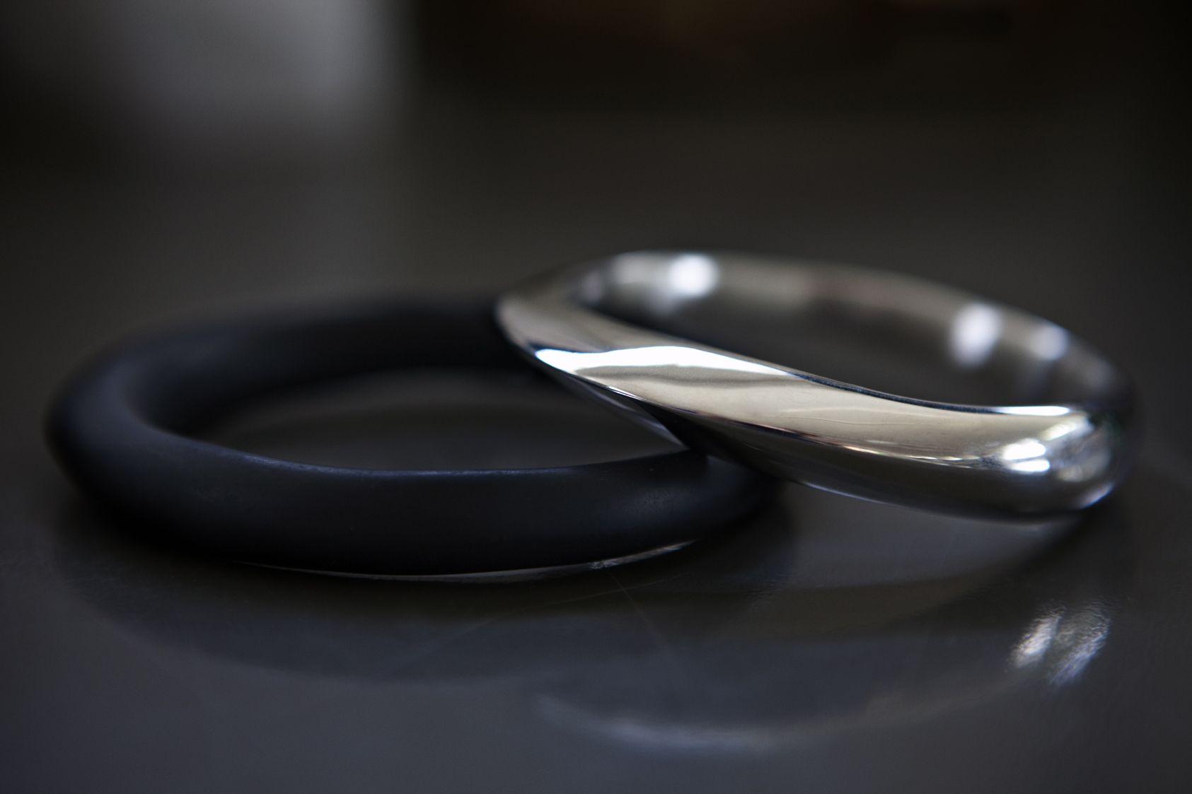 Dinosaur Designs The Art of Black & White 2013 Resin and Silver Bangles