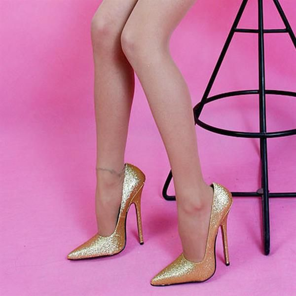 Фетиш грязная обувь, кончают лицо онлайн