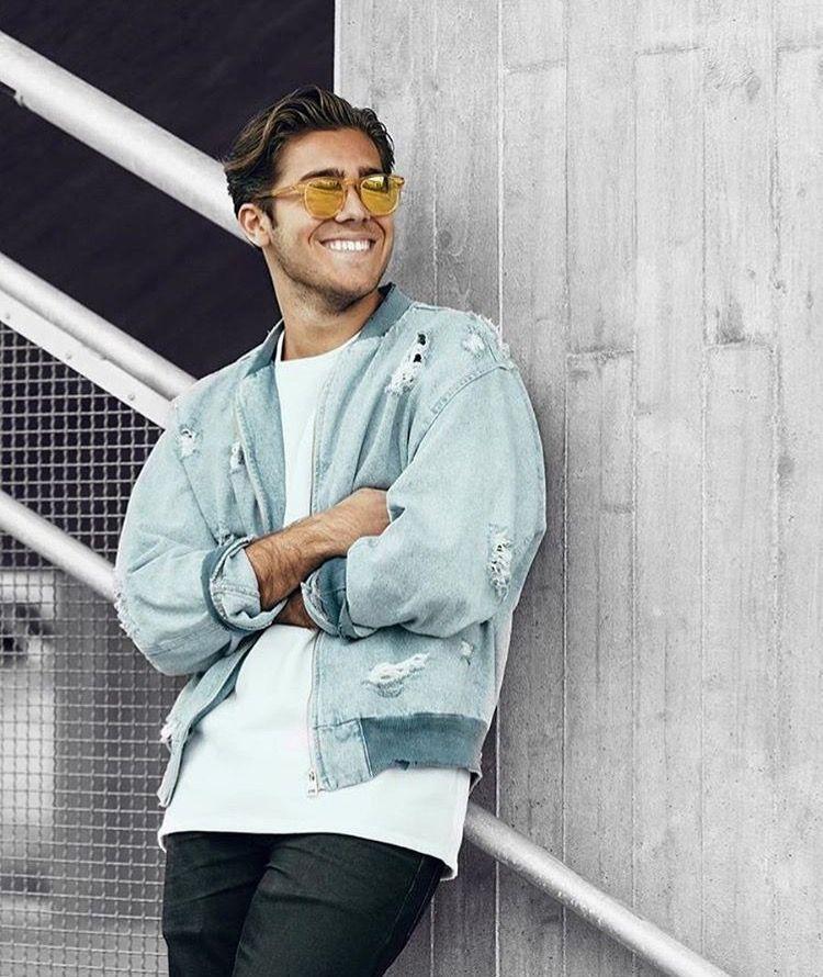 Pin By Garethovich On Benjamin Ingrosso Eyewear Fashion Inspirational People A Guy Like You
