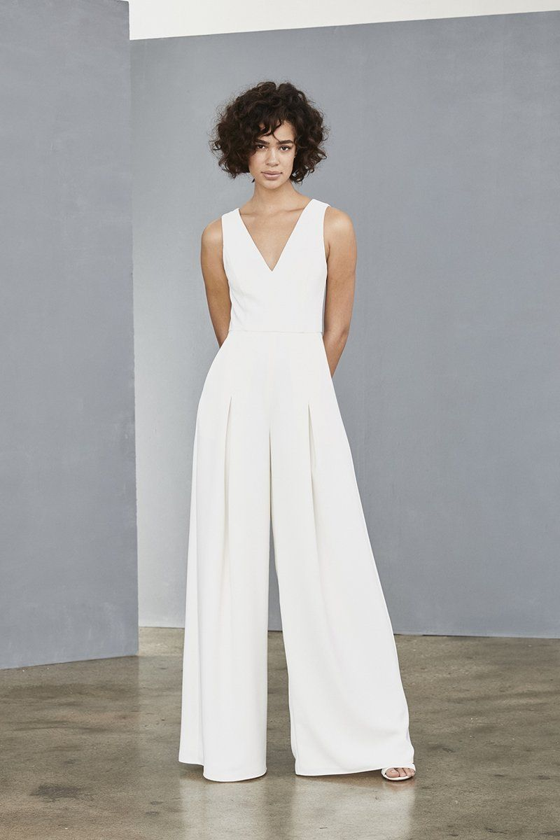 fbd91db31e LW136 – Amsale White Dress Fall, Little White Dresses, All White Party, Fall