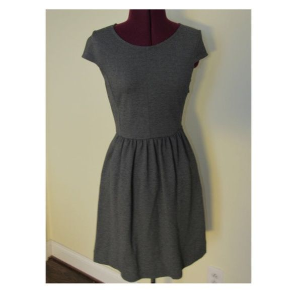 Madewell Dress size XS Perfect for casual to business casual Madewell Dresses