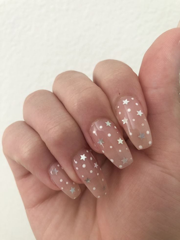 Pin By Elisabeth Ndonga On Paznokcie Star Nail Designs Star Nails Holographic Nails