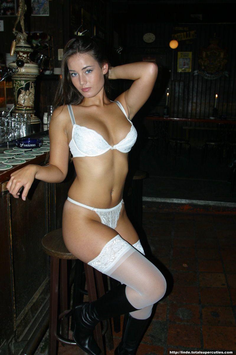 Culos en bikini 5 - 2 part 1