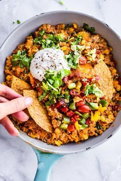 This Mexican quinoais a vegetarian and gluten free recipe that utilizes leftovers The best part Its all made in one pan Its great for a quick dinner or as an appetizer fo...