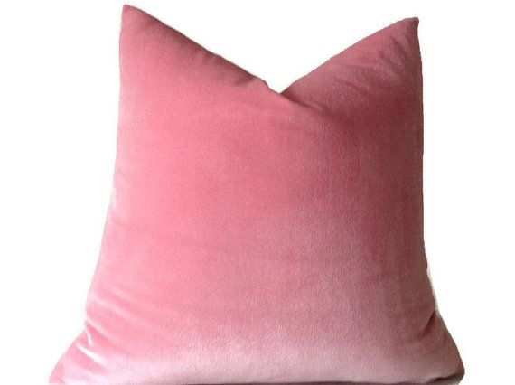 Baby Pink Square Velvet Pillowcase