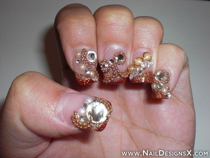 Rinstone And Chain Nail Art Nail Designs Nail Art Halloween