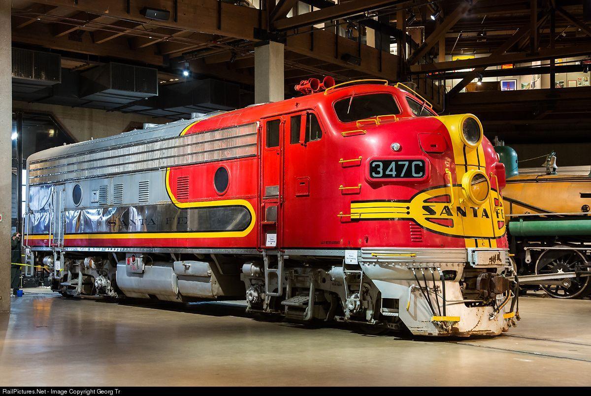 Railpictures Net Photo 347 C Atchison Topeka Santa Fe Atsf Emd F7 A At Sacramento California By Georg Trub Vintage Train Model Trains Train