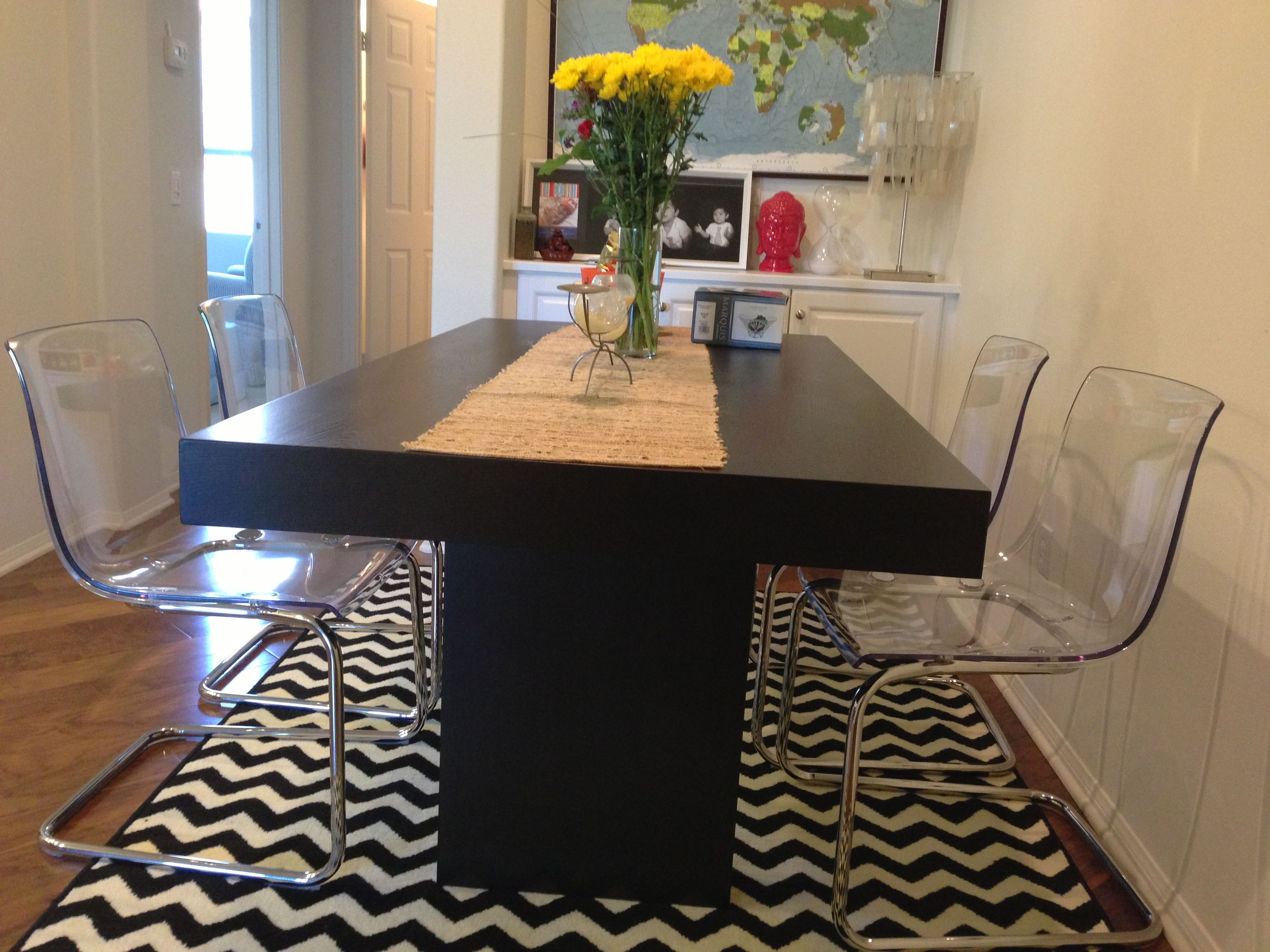 Acrylic chairs ikea - Modern Dining Room Acrylic Chairs From Ikea And Wooden Table From West Elm